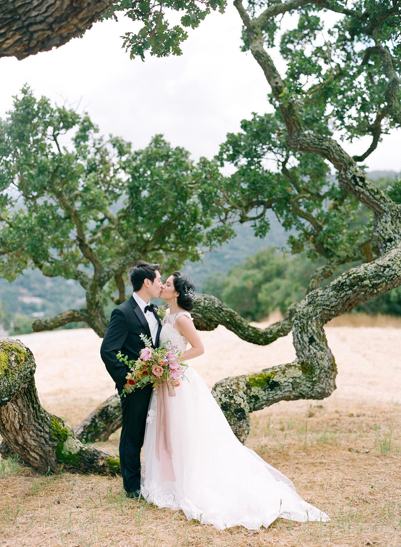 stephanie calvin wedding couple kissing