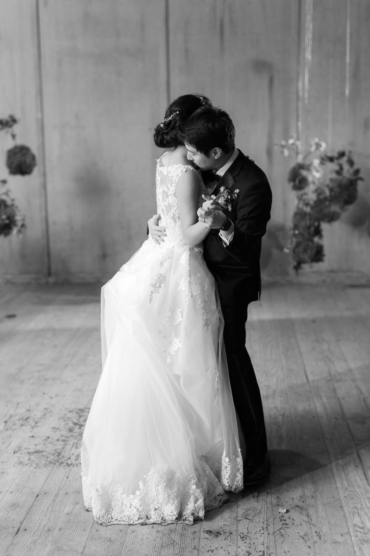 stephanie calvin wedding dance couple