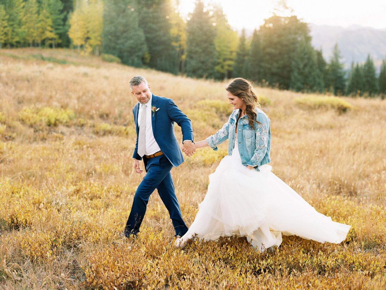 molly frank wedding couple walking