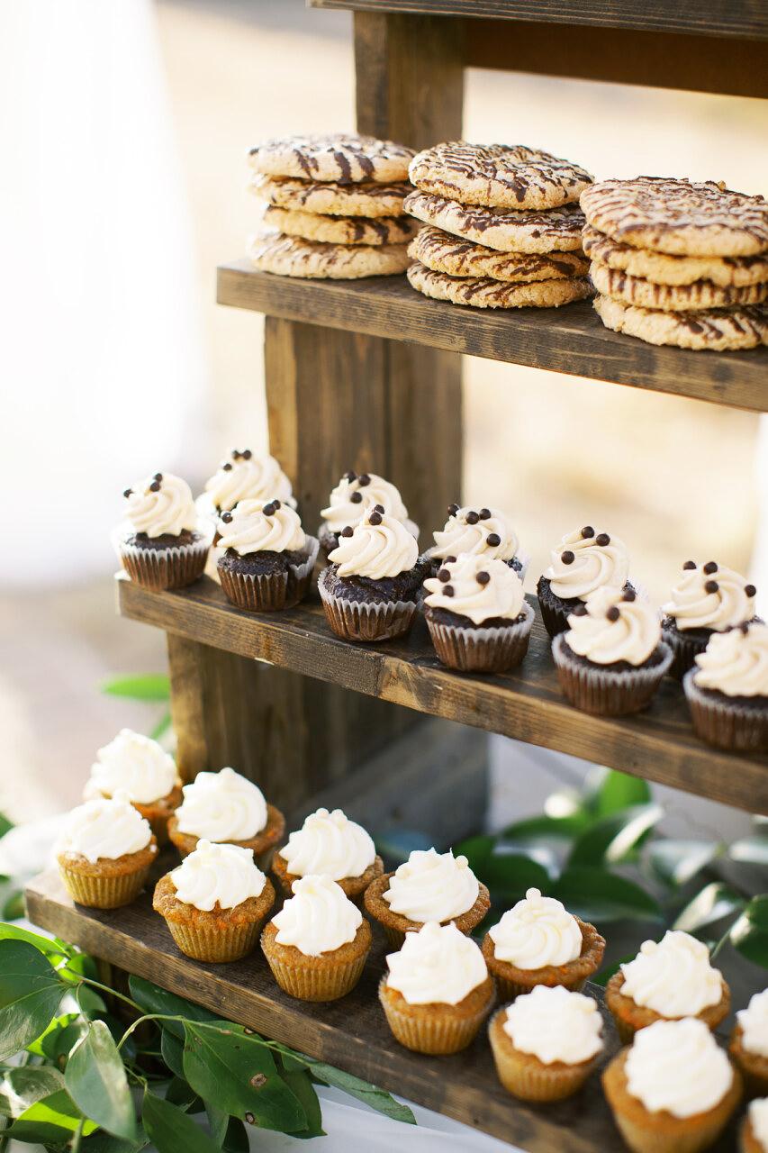 molly frank wedding desserts