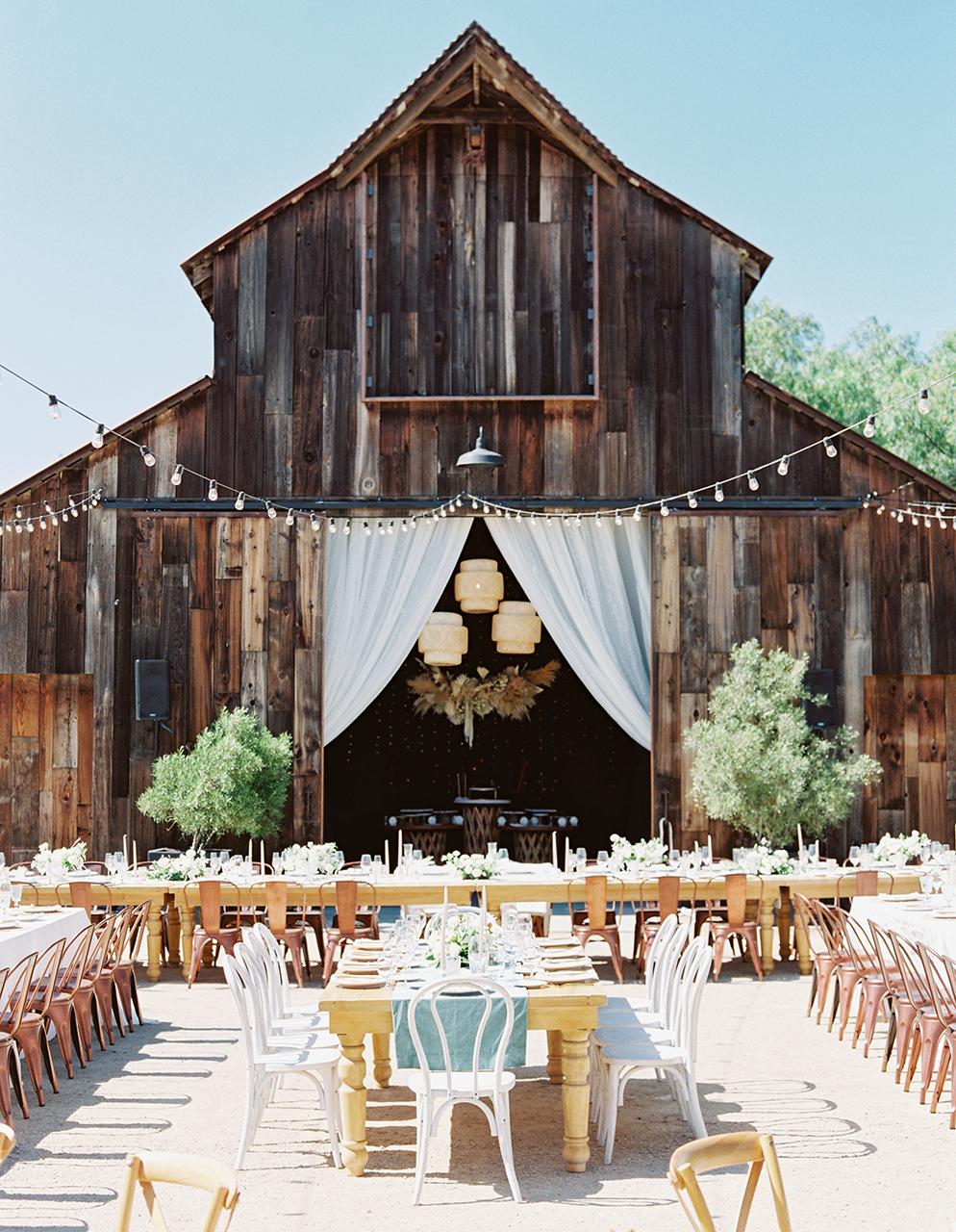 weathered barn outdoor wedding reception