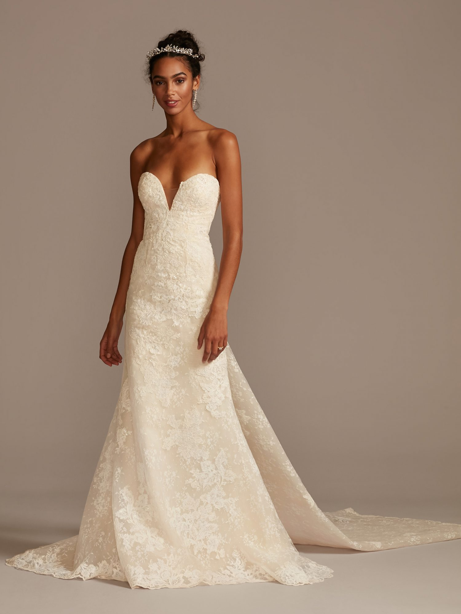 davids bridal strapless v-neck train wedding dress spring 2021