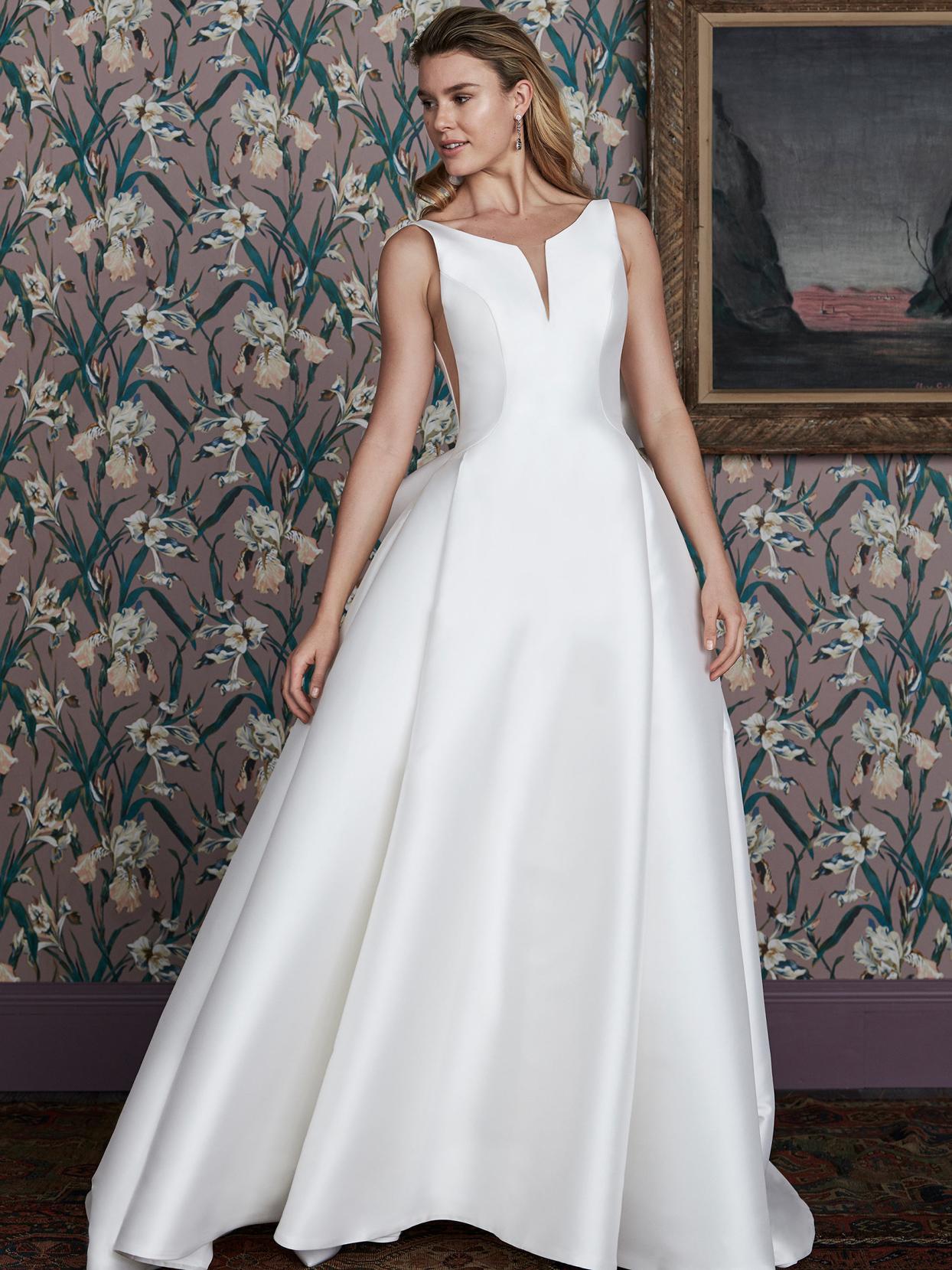 justin alexander v-neck sleeveless wedding dress spring 2021