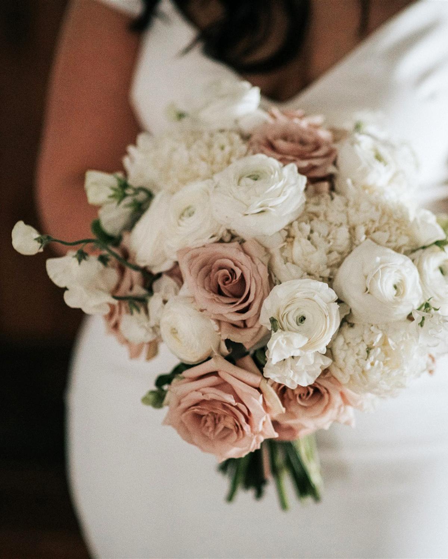stephanie taurean wedding bouquet