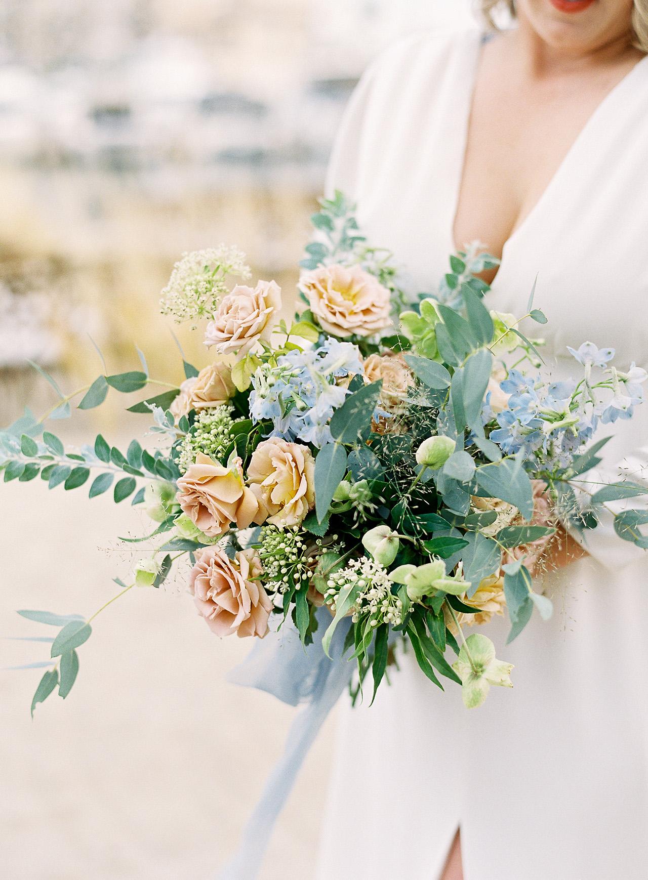 janelle stephen wedding bouquet
