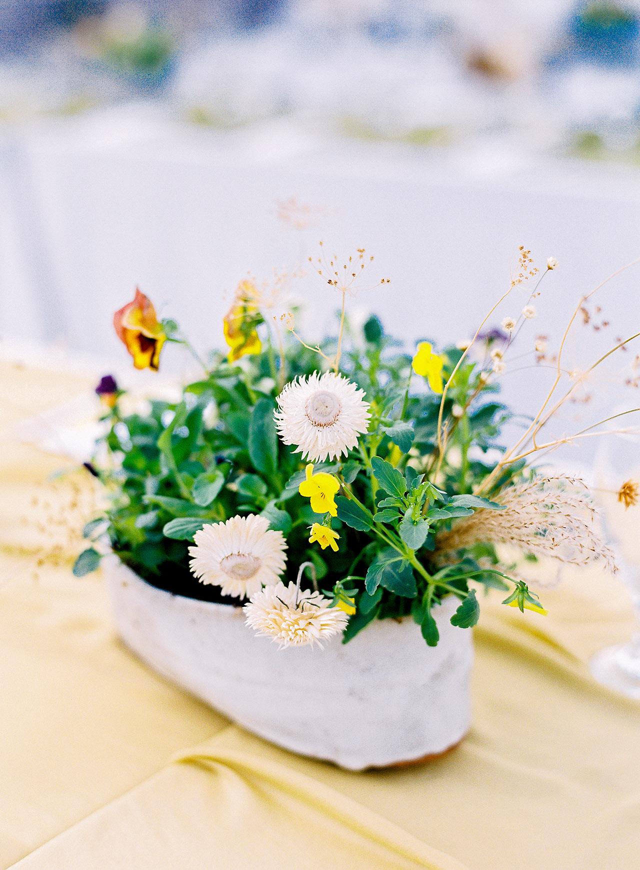 janelle stephen wedding centerpiece flowers