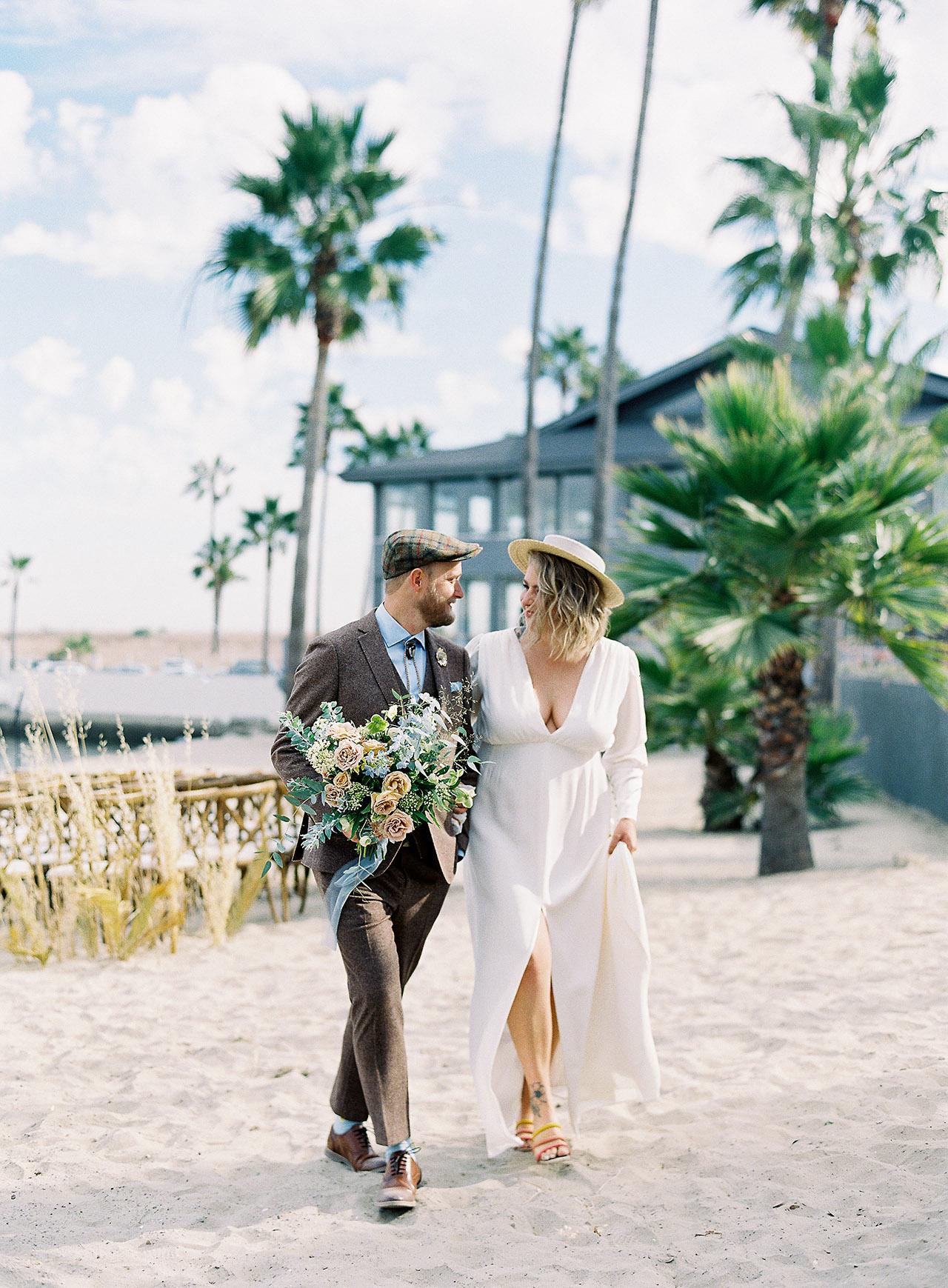 janelle stephen wedding couple walking