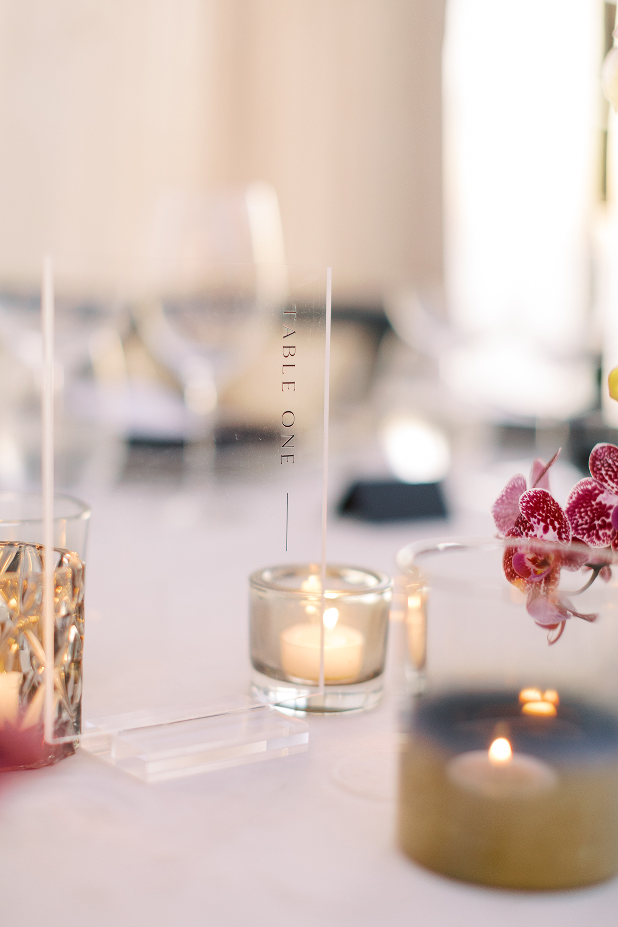 clear table numbers with candles