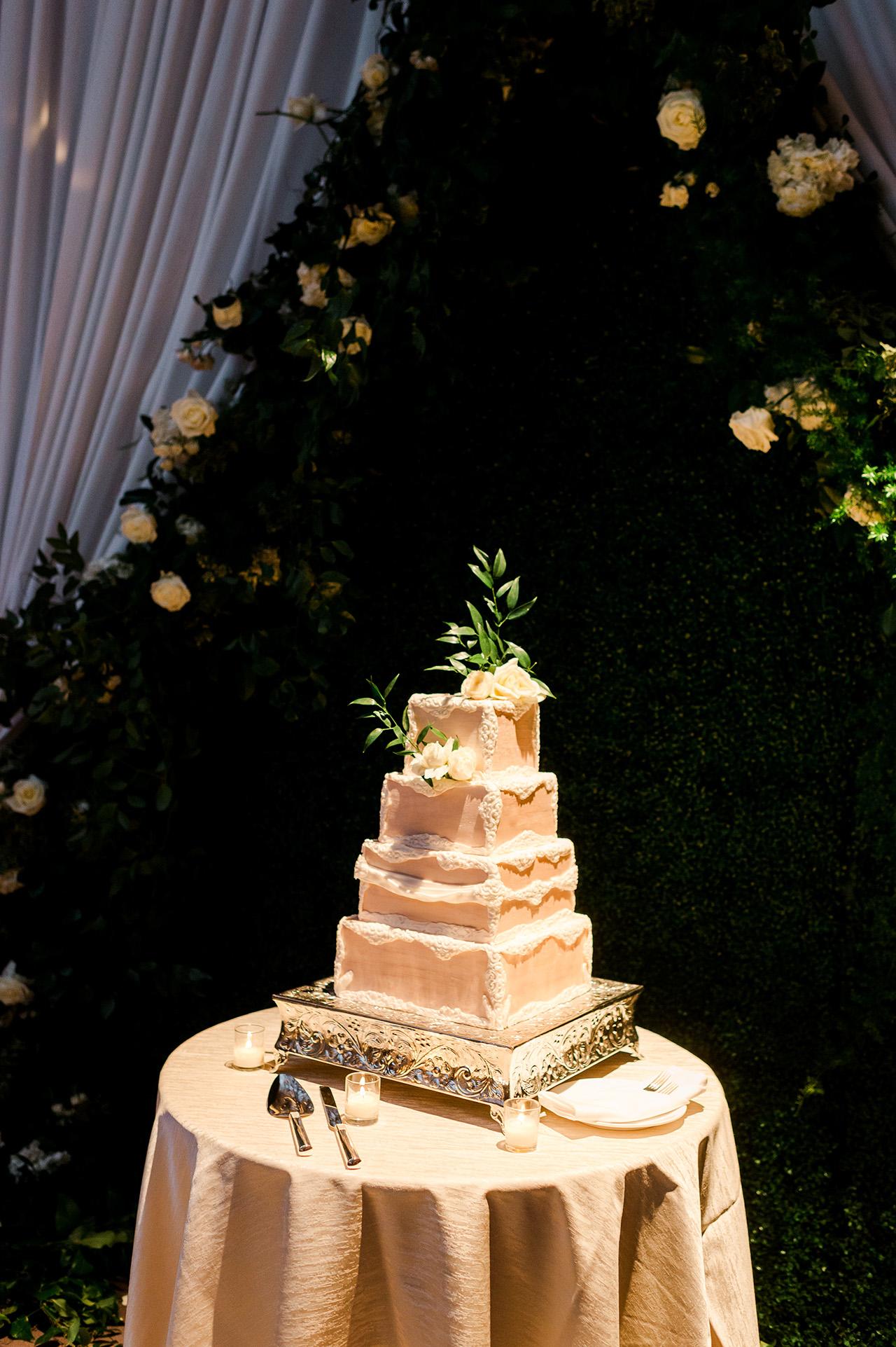 denita john wedding cake