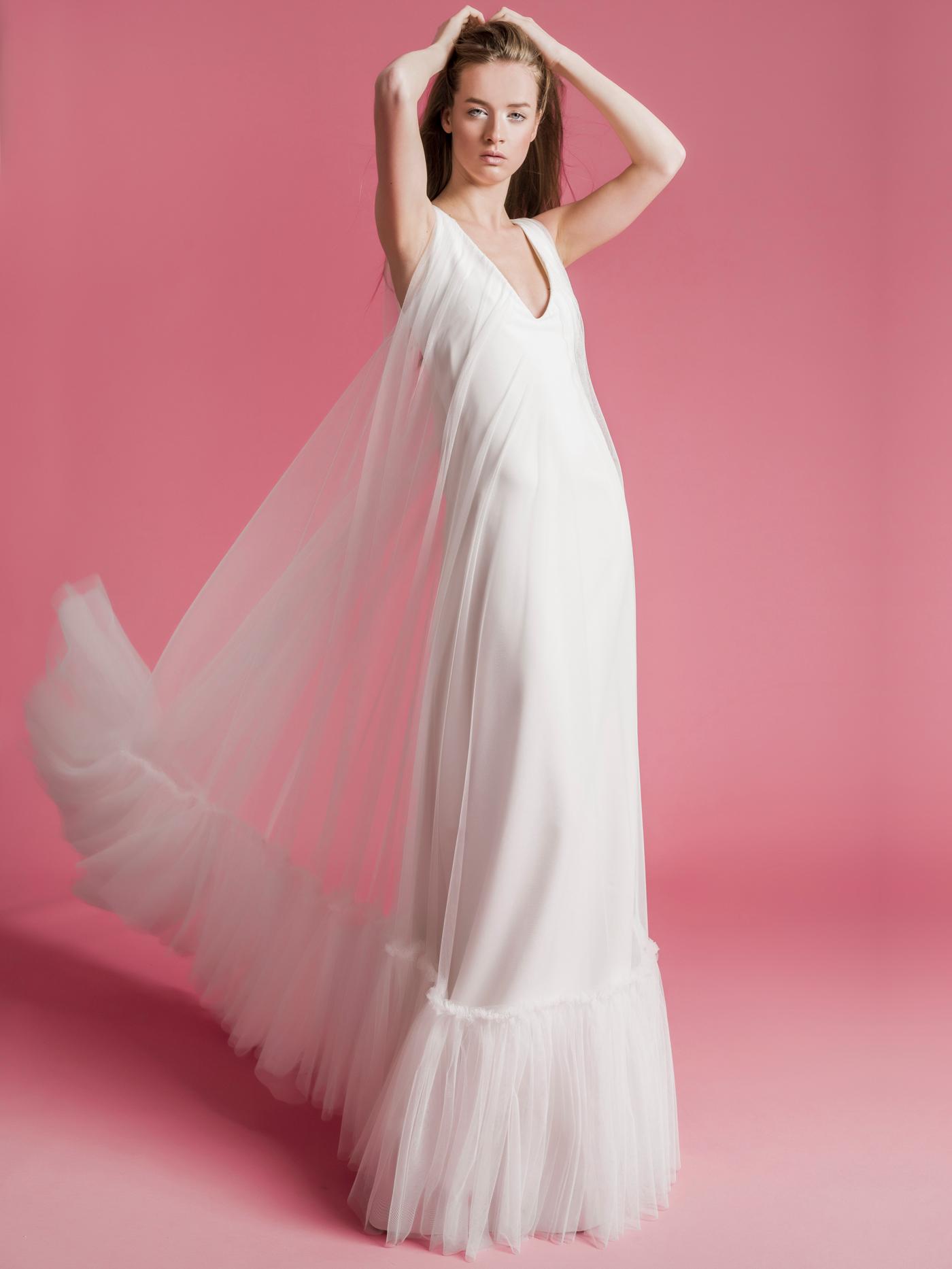 Sophie Et Voilà v-neck tulle wedding dress spring 2021