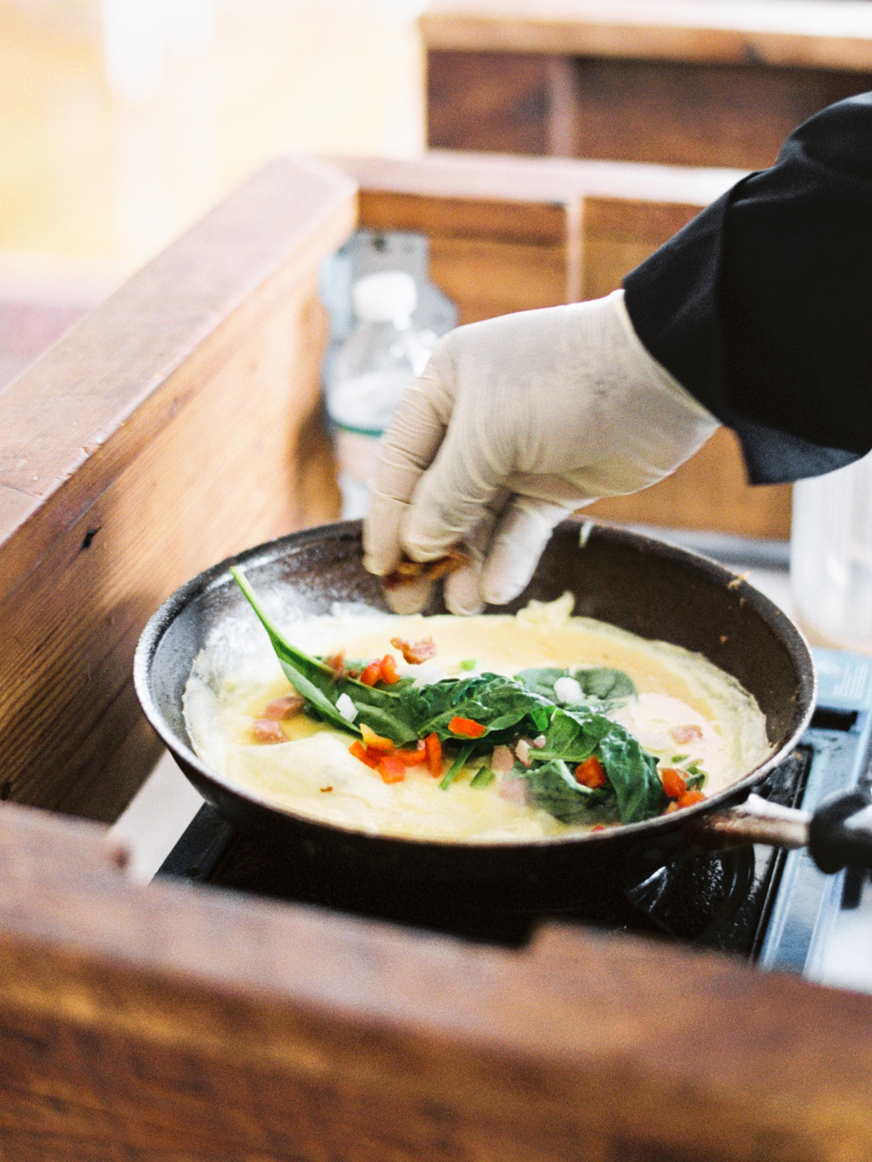 spinach and pepper omelet for wedding brunch