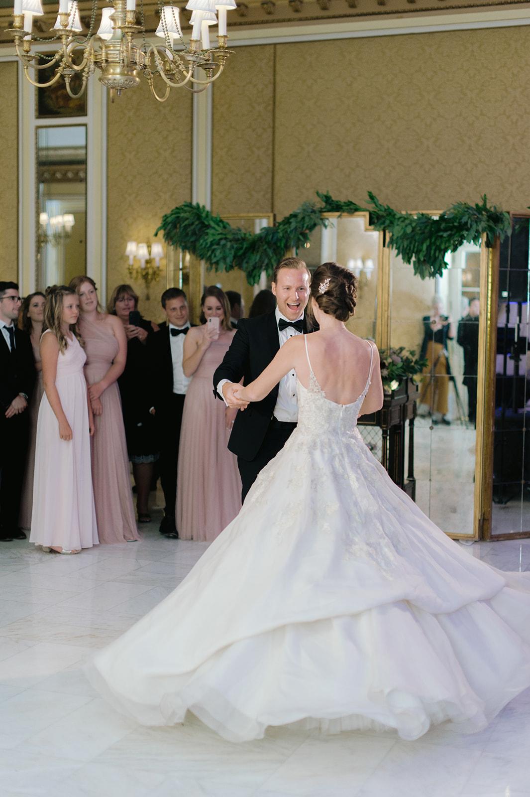 bride and groom dancing on the dance floor