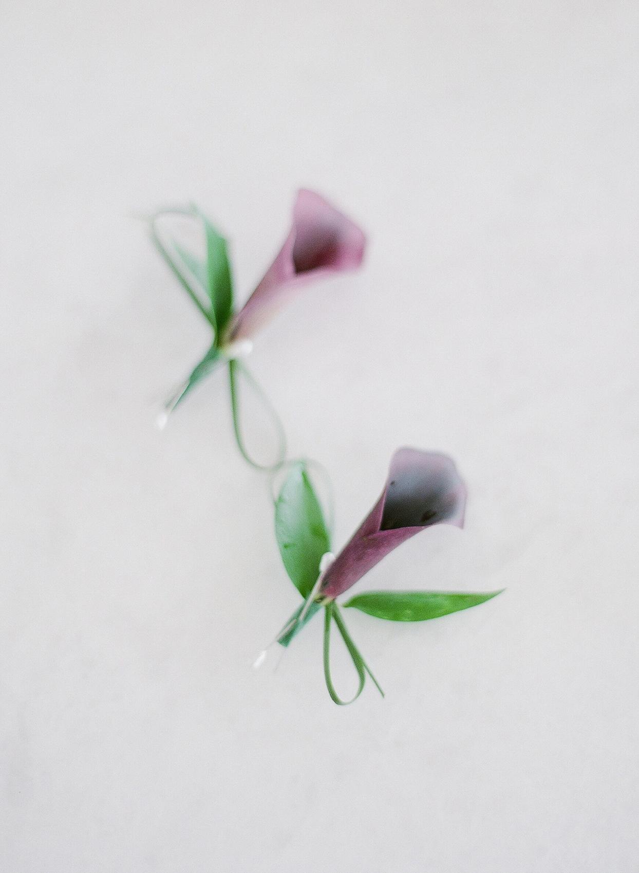 purple floral wedding boutonnieres