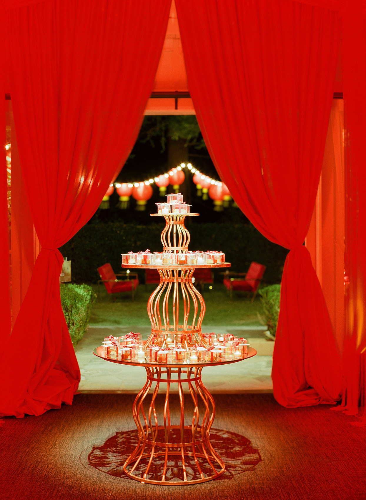 Wedding favors of mooncakes and lanterns