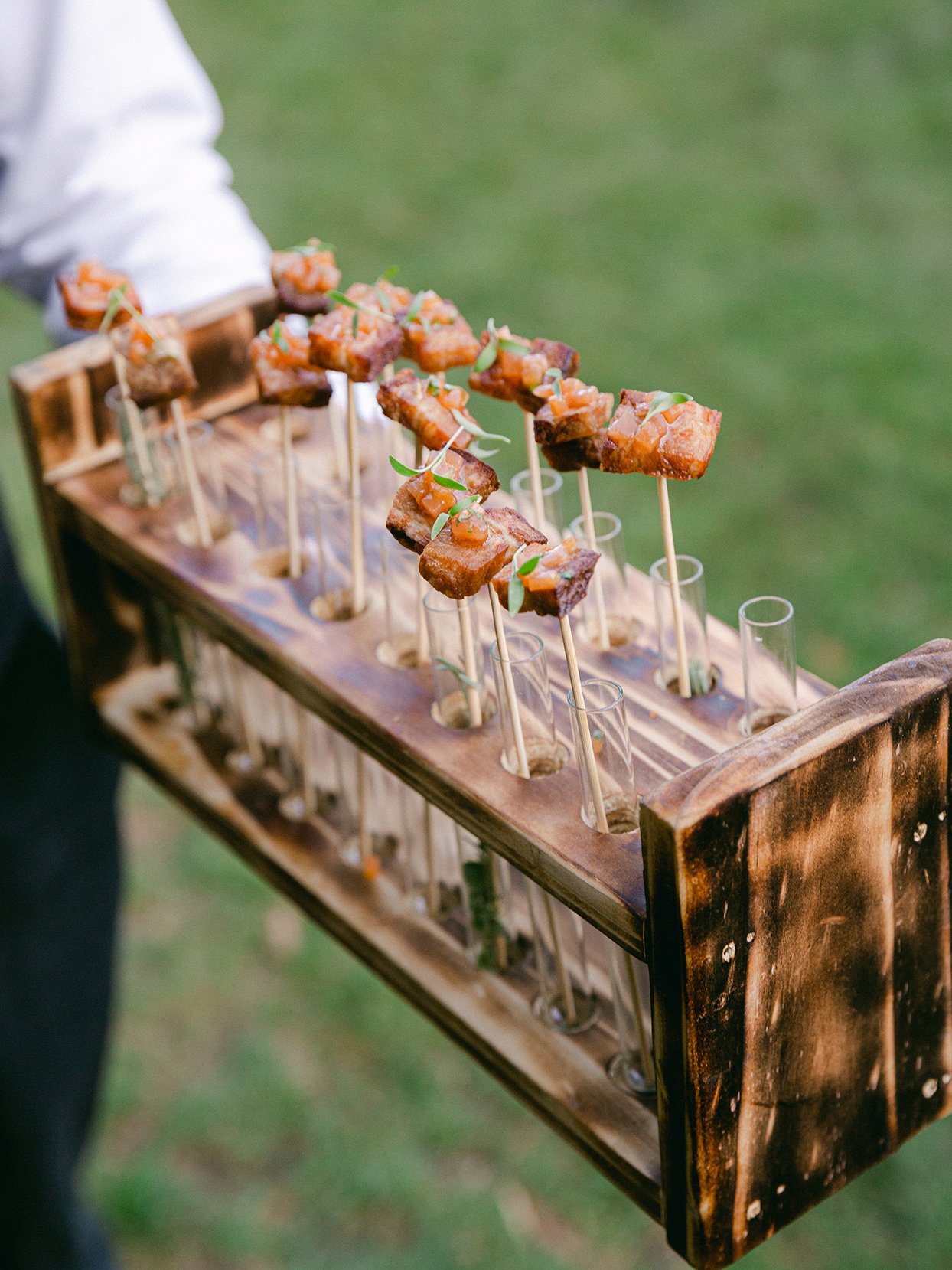 hors d'oeuvres during wedding cocktail hour