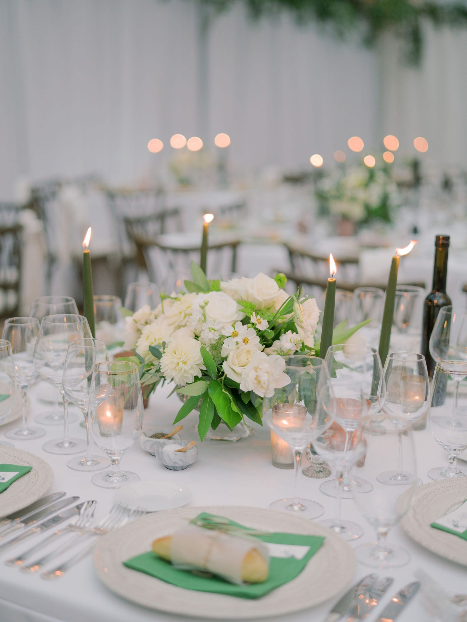 small white floral and greenery table centerpieces