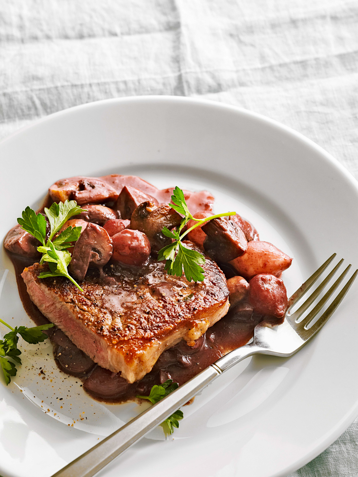Beef with Mushrooms and Pearl Onions