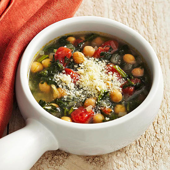 Garbanzo Bean Soup with Tomatoes and Spinach