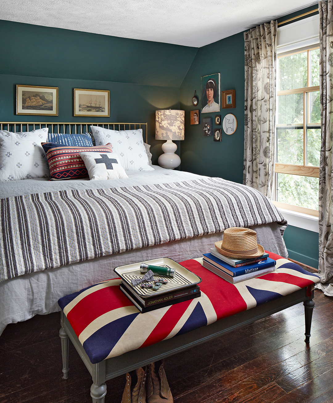 master bedroom with décor and wall art