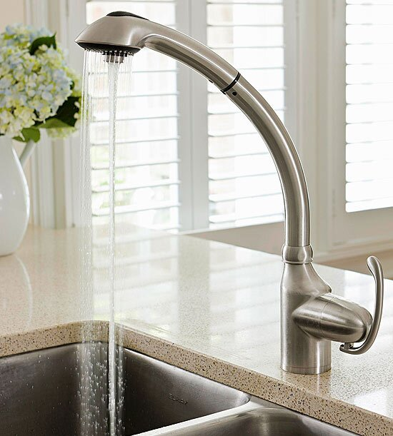 25 Facts About Kitchen Faucets | Better Homes & Gardens
