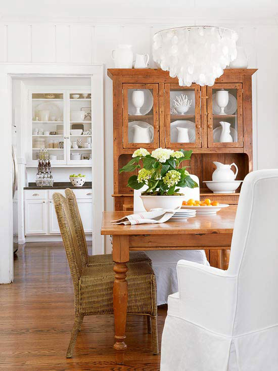 White dining room wooden hutch