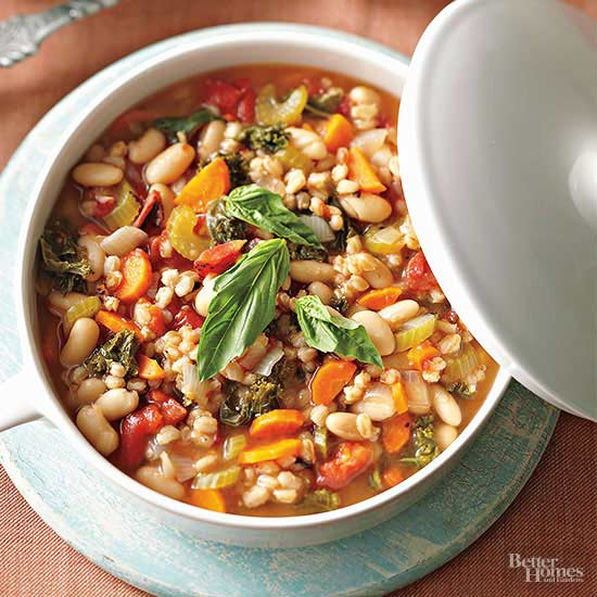 Mediterranean Kale and Cannellini Stew with Farro