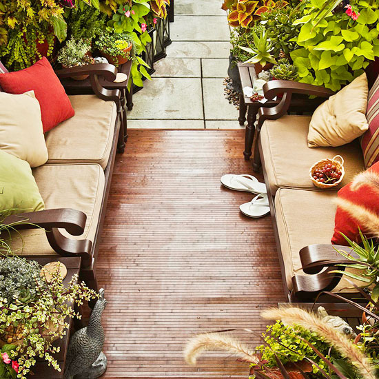 Use Narrow Outdoor Furniture