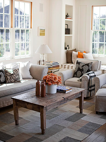 Living room with flea market accents