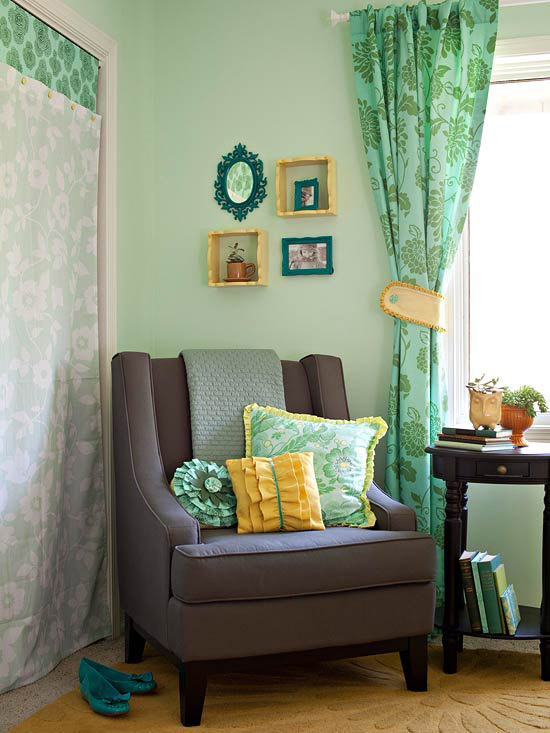 Chair with pillows