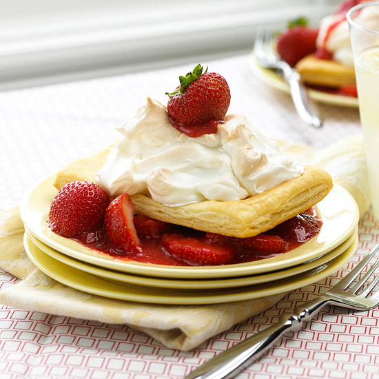 Puffy Shortcakes with Meringue