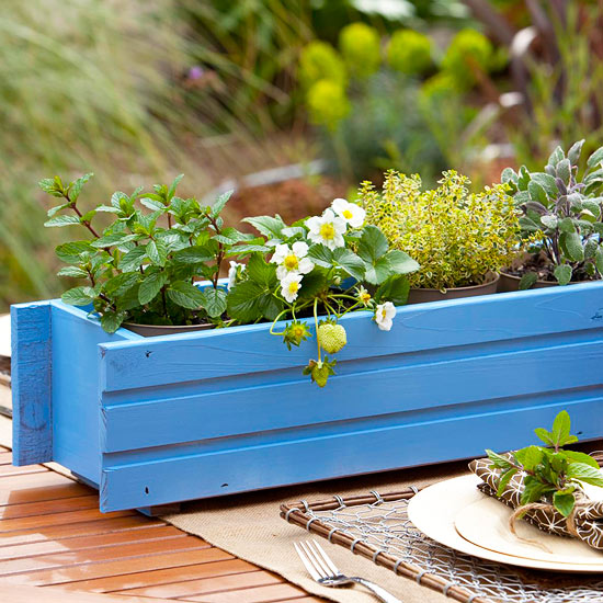 Painted Flowerbox Centerpiece