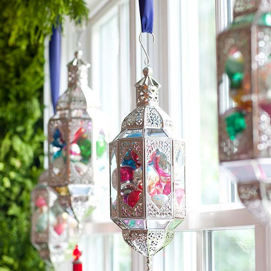 Unusually shaped hanging decorations