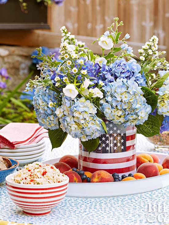 10 Patriotic Flower Arrangements Perfect for Memorial Day