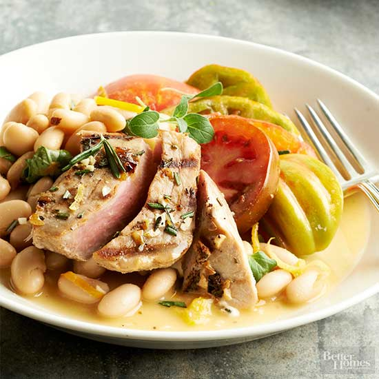 Heirloom Tomato Salad with Grilled Tuna and Cannellini