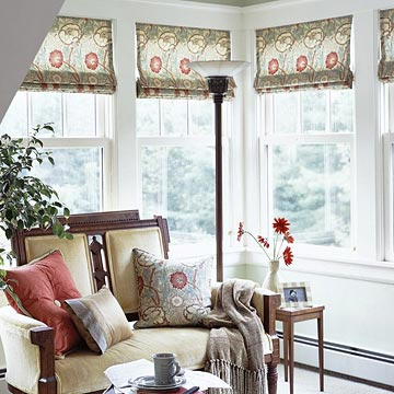 Green, red, and yellow bunched valance