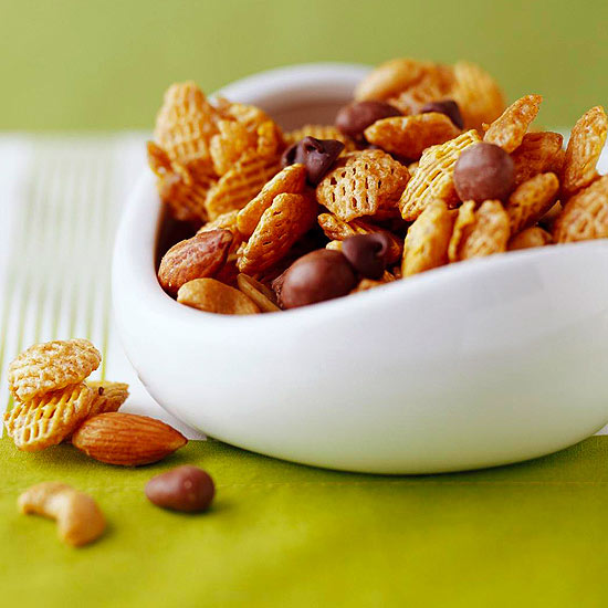 Caramel-Coated Spiced Snack Mix,