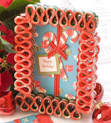 Ribbon candy frame