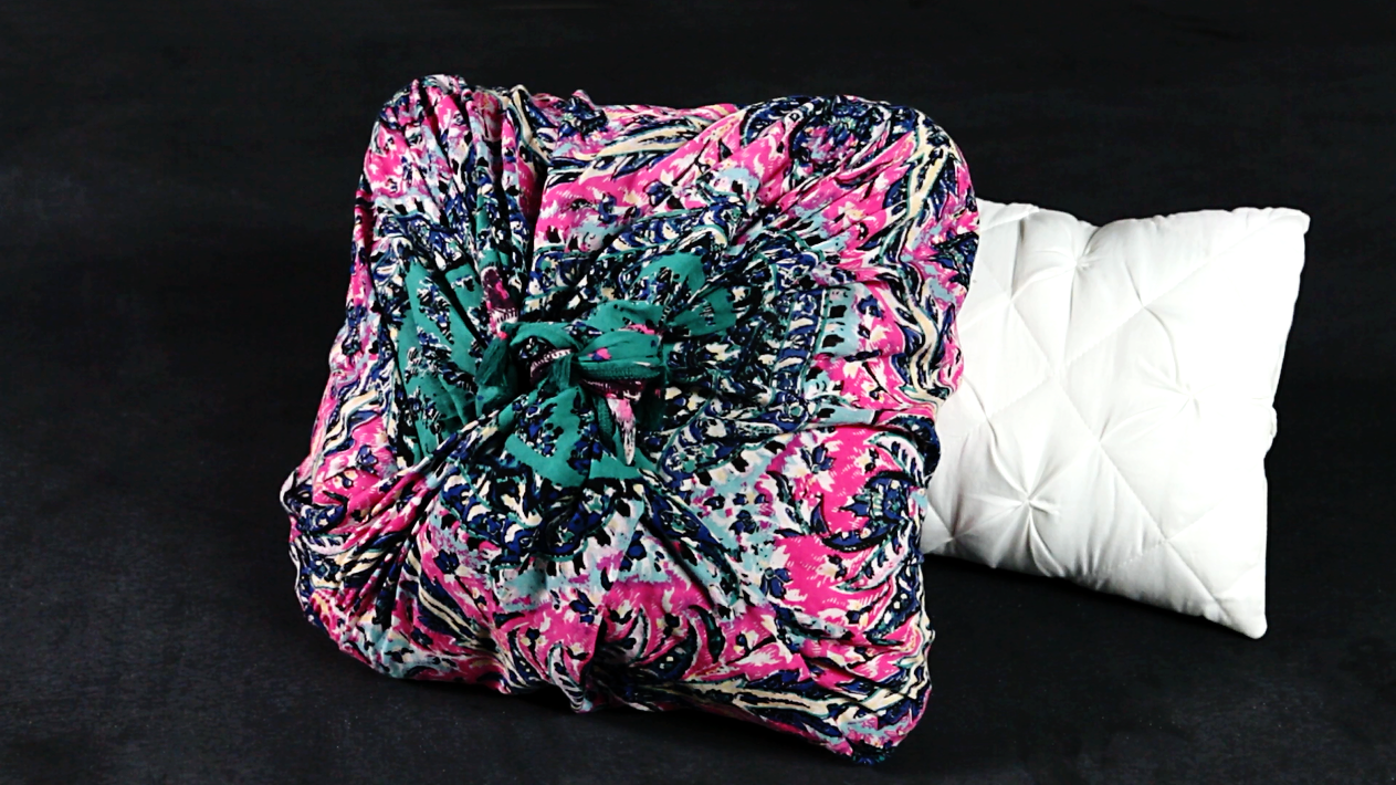 No-Sew Pillow Cover