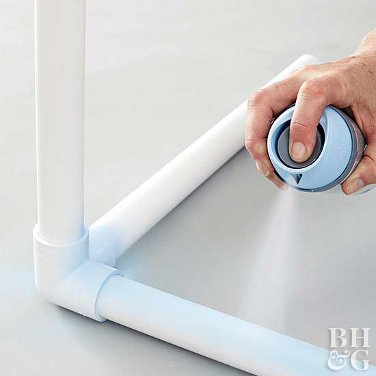 DIY Laundry Bin how-to spray paint
