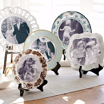 Display of plates with photos