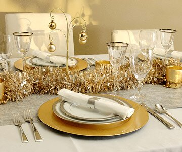 Gold And Silver Decoration Ideas.Gold And Silver Christmas Table Decorating Ideas
