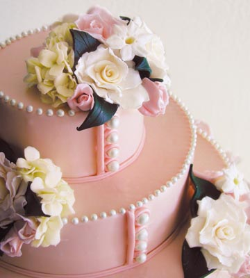 Pearly Pink Wedding Cake