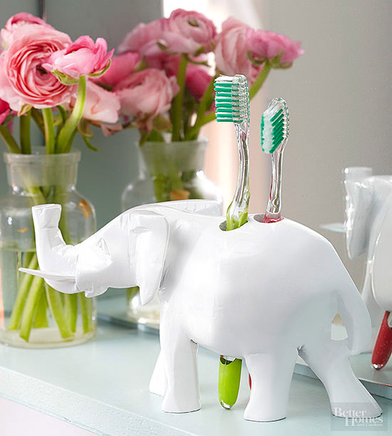 elephant toothbrush holder