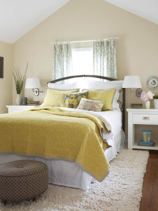 Decorating Ideas for Yellow Bedrooms