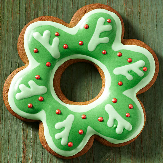 Scalloped Wreath Cookies