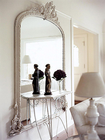 Enlightening Cottage Mirrors