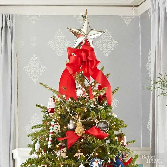 8e4f374565b1 Crafty Christmas Tree Topper Ideas