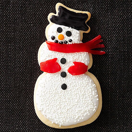 Cute And Friendly Snowmen Shaped Christmas Cookies