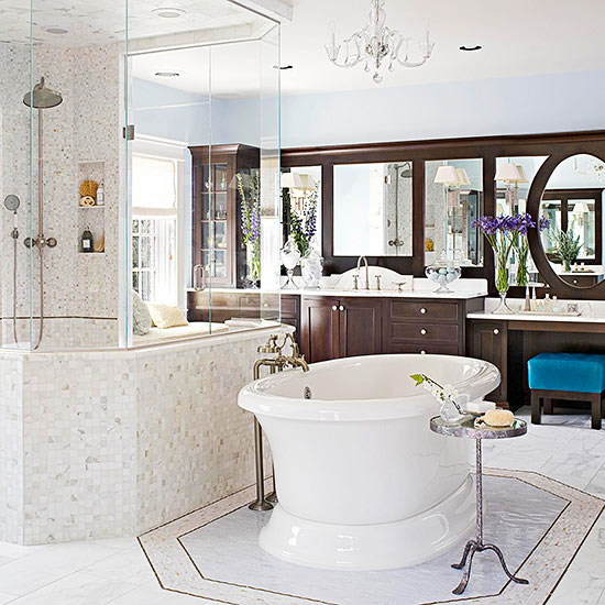 Make a Statement with the Tub