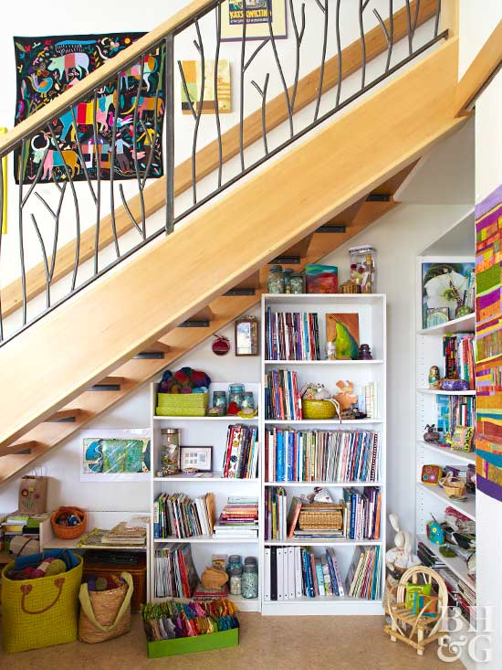 under-the-stairs storage idea
